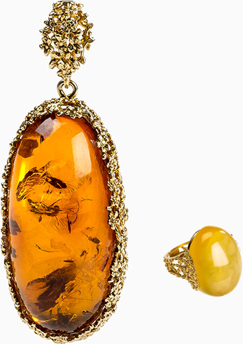 amber-necklace.jpg